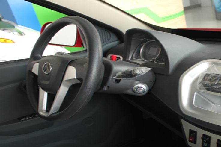 丽驰福瑞舒适版电动汽车高清图片